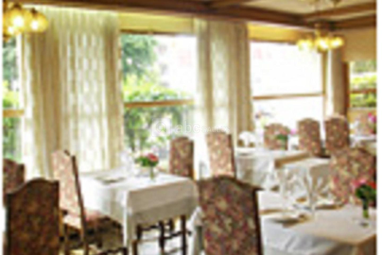 Hôtel Restaurant les Rochers et les Chrissandieres
