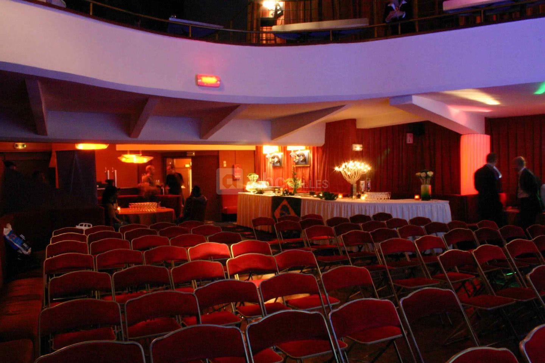 Le Bulto Music Hall