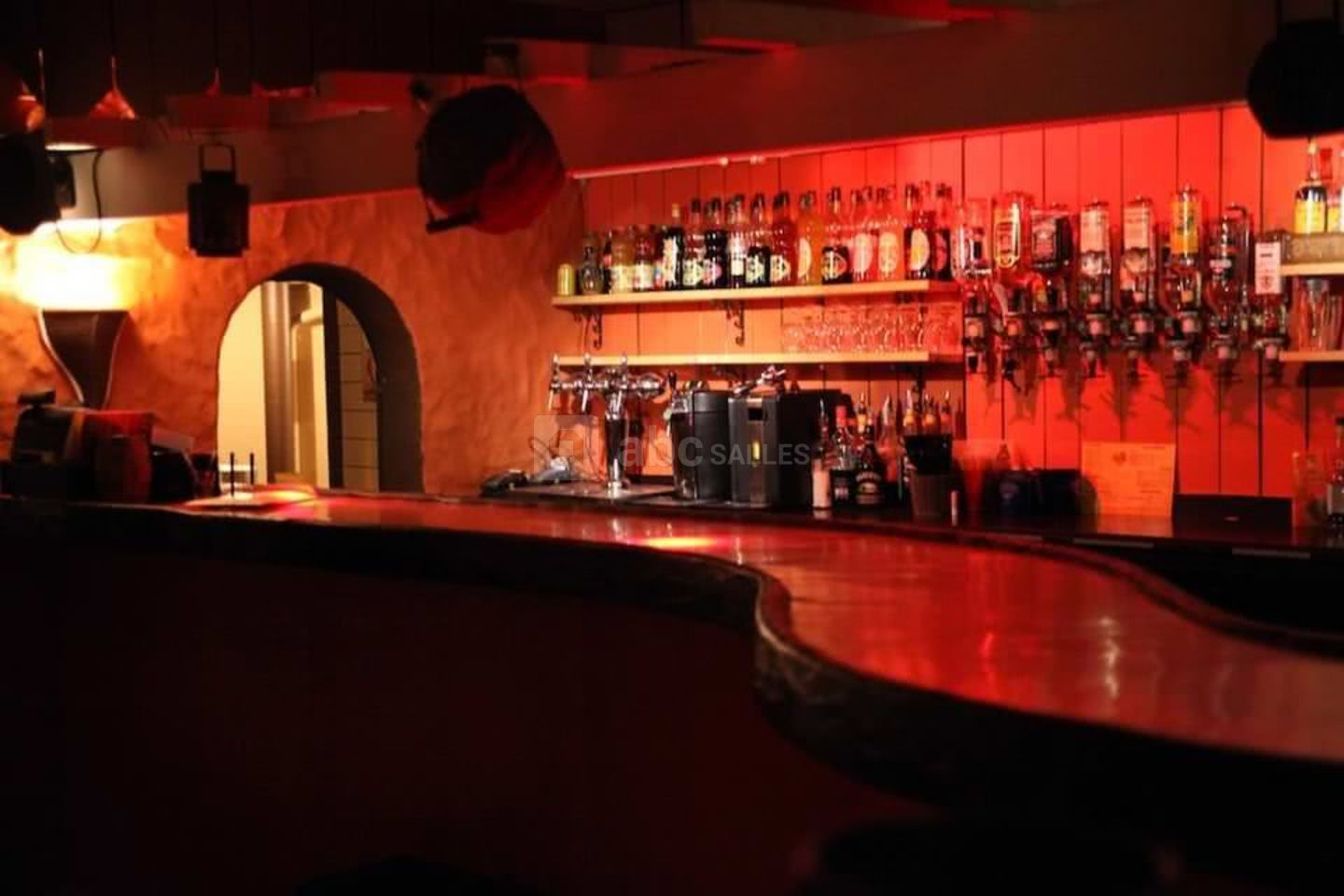 Le Root's Bar