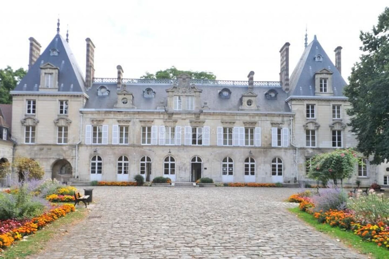 Château D'Aramont
