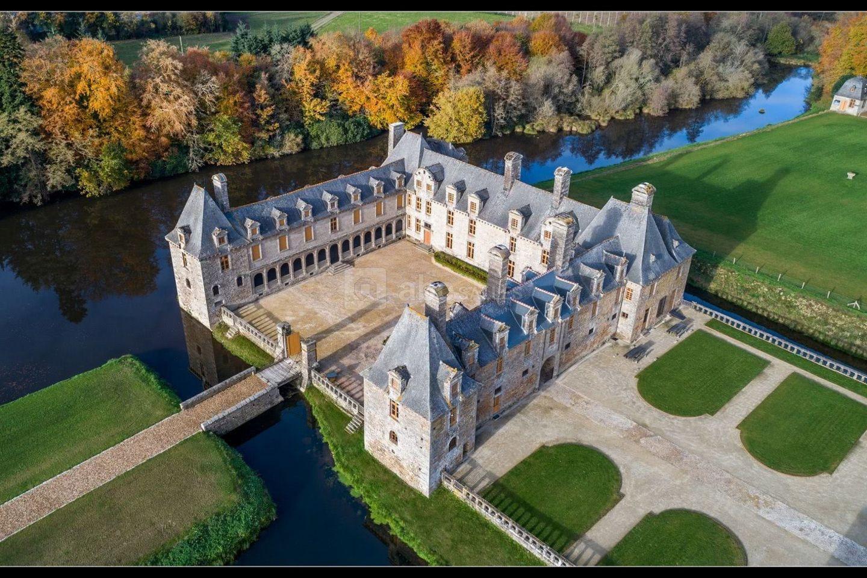 Château le Rocher Portail