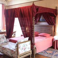 Chambre de grand-mère charlotte, marquise de guer
