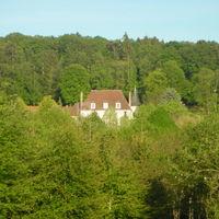 Le château vu du chemin d'accès (2)