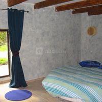 Chambre avec lit rond