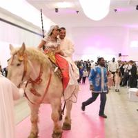Entrée des mariés en cheval
