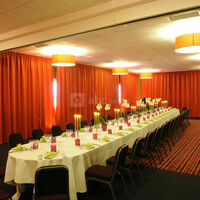 Ex de décor de table pour un repas d'entreprise