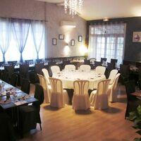 Resto table blanche marron