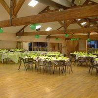 La grange déco verte (vue de la piste de danse)