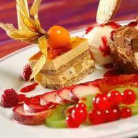 Assiette gourmande aux quatre desserts
