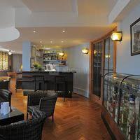 Salon Bar Chareau