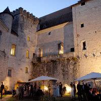 Chateau de Goudourville : réception dans la Cour d'honneur