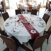 Table ronde dressée