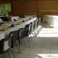 Salle 90 m²