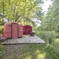SLEEPING BOX OMBRAGE SOUS LES CERISIERS