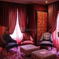 Salon lounges