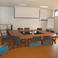 L'intérieur de la salle de réunion