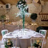 Mobilier et compositions florales...