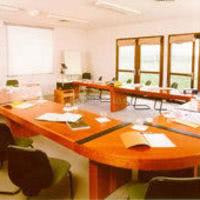 8 salles de séminaires
