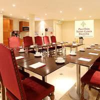 Grande salle de réunion