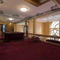 Foyer-Mezzanine 02