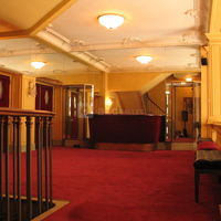 Foyer mezzanine 04