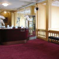 Foyer mezzanine 03