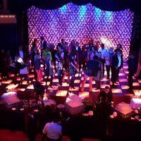 Salle en Configuration Cocktail Dînatoire & soirée dansante