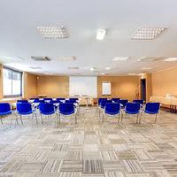 15 salles de séminaires