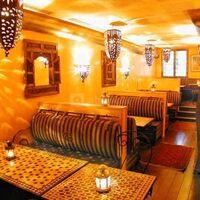 Restaurant mezzanine