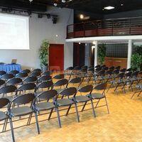 Salle Nicole Etienne mode théâtre