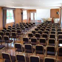 Salle Dutuit  en disposition conférence (jusqu'à 120 personnes)
