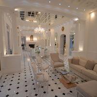 Villa White House