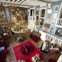 Le grand salon du palais romantique à paris