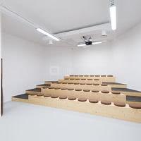 Notre salle de 50 places en amphithéatre