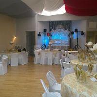 La salle Saphir s'est revêtu de sa robe de mariée
