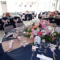 Salle 180m² décoration florale