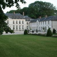 Château de Maudétour - Vue des jardins avant