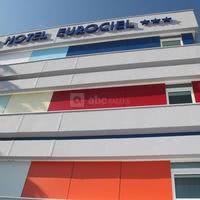 Hotel_montpellier_eurociel_facade