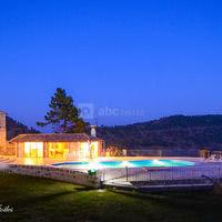 Piscine + Villa