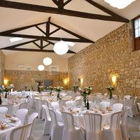 Salle mariage , ancien chai en pierre