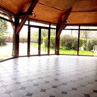 Une rotonde de 60 m²