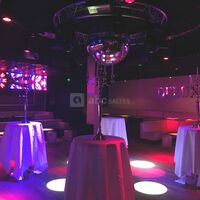 Deluxe Club Laval