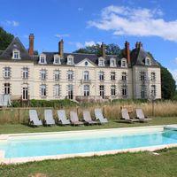 Chateau de percey pool / piscine