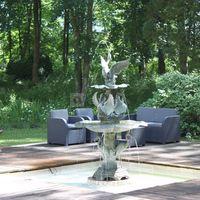Chateau de percey fountain / fontaine