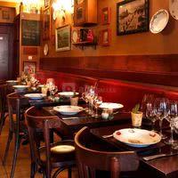 Salle historique restaurant au petit gari