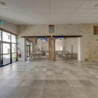 Salle de réception en 2 parties