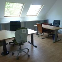 Elysées solutions bureau senlis 14 m²