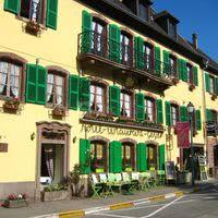 Hôtel Restaurant Aux Trois Roses