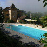 Hôtel** la Bastie d'Urfe
