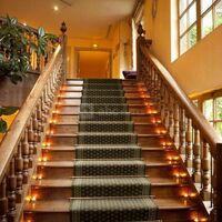 Escaliers menant à la Mezzanine